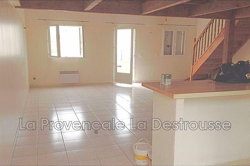 maison  3 pièces  Simiane-Collongue   75m² -