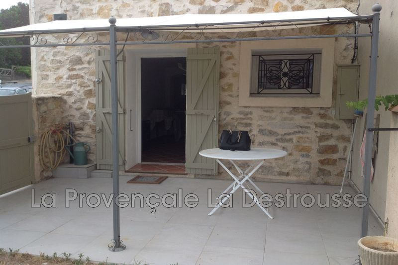 maison  3 rooms  Gréasque Village  68 m² -