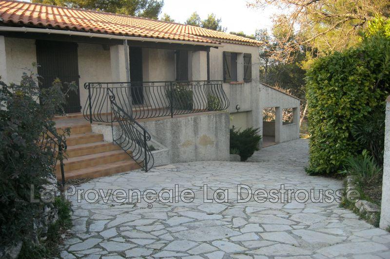 maison  4 pièces  Saint-Savournin   87m² -