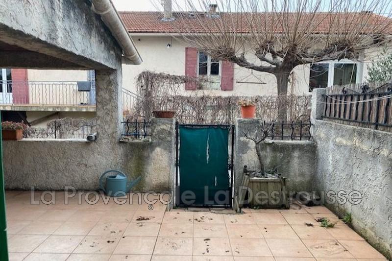 maison  2 pièces  Gréasque Centre-ville  38m² -