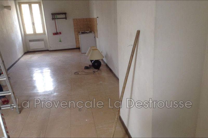 Photo Appartement Gréasque  Location appartement  3 pièces   75 m²