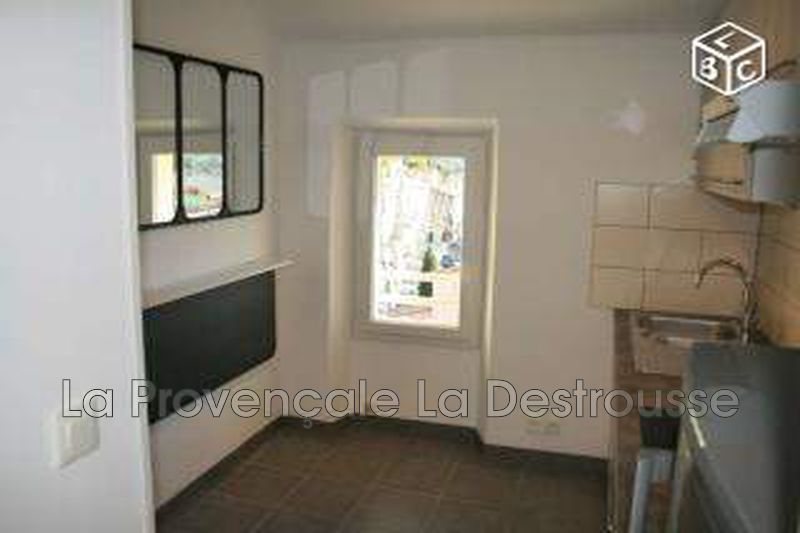 Photo n°1 - Location appartement La Bouilladisse 13720 - 480 €
