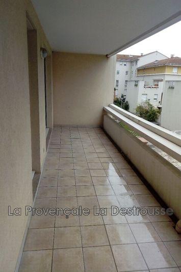 appartement  2 rooms  Aubagne   49m² -