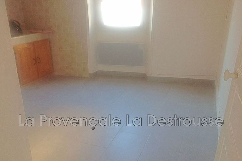 appartement  3 rooms  Gréasque   65m² -
