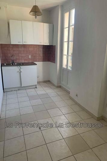 appartement  2 pièces  Fuveau   38m² -