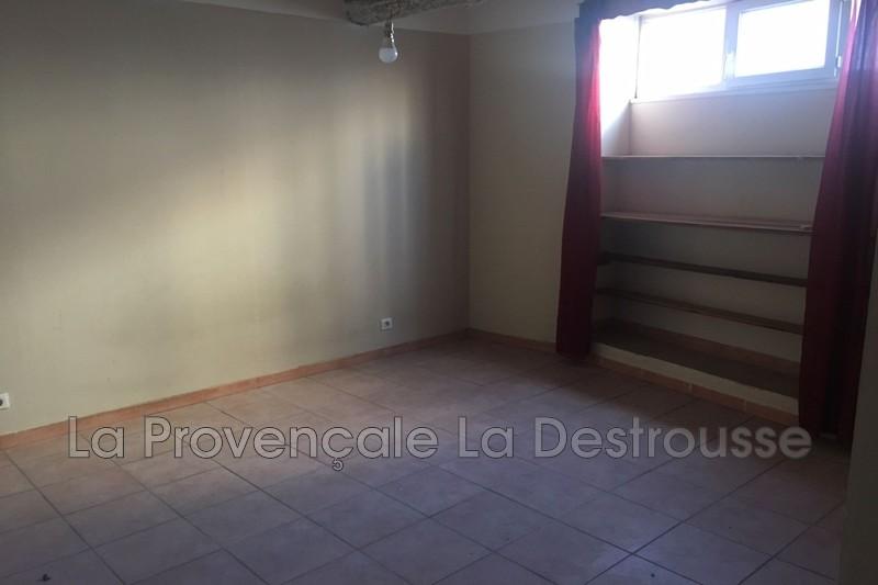 appartement  2 pièces  Marseille   50m² -