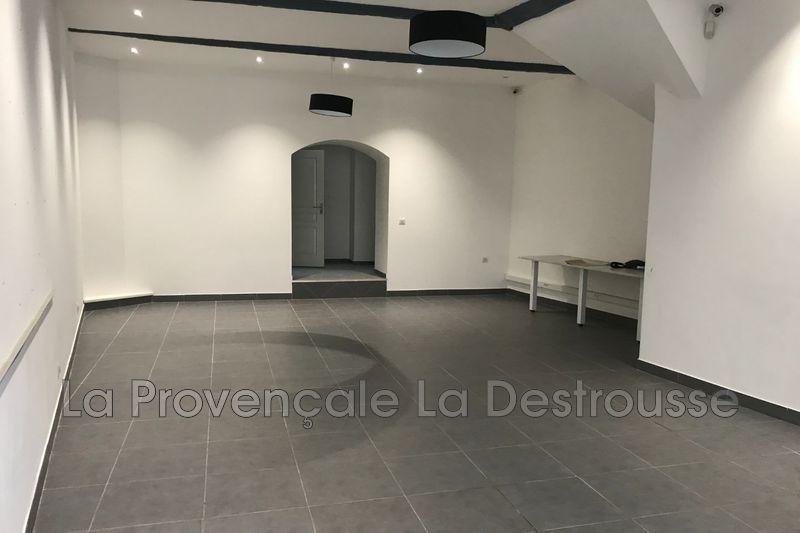 Photo Murs boutique Roquevaire Village,  Professionnel murs boutique   53m²