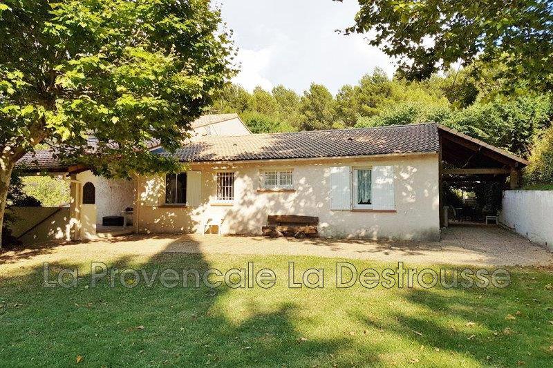 maison  5 pièces  Cadolive   160m² -