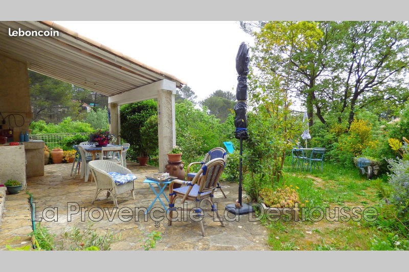 Photo Villa Peypin   achat villa  4 chambres   135m²