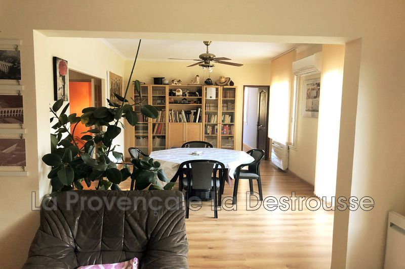 maison  8 pièces  Belcodène Village  210m² -
