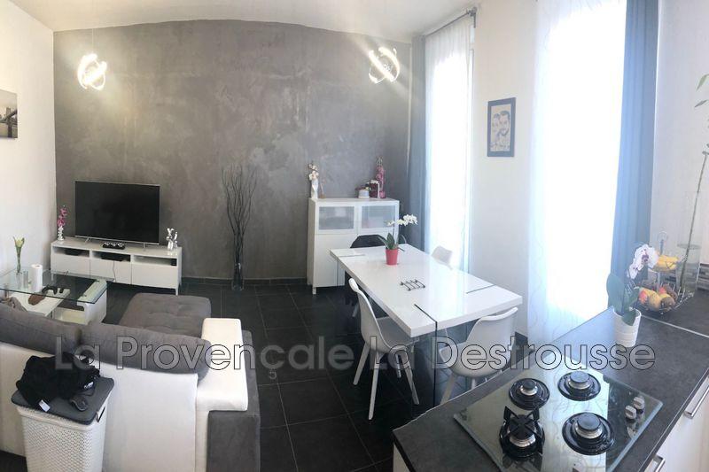 appartement  3 pièces  Roquevaire Centre-ville  69m² -