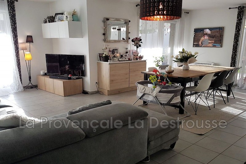appartement  5 rooms  La Destrousse   101 m² -