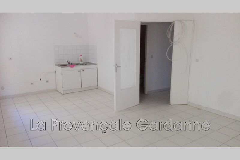 appartement  3 rooms  Gardanne   60 m² -