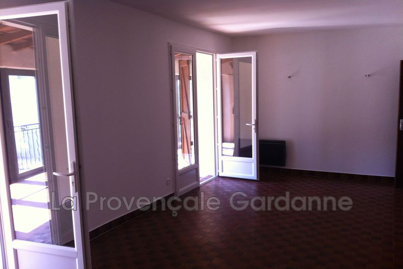 appartement  4 pièces  Gardanne Village  81m² -