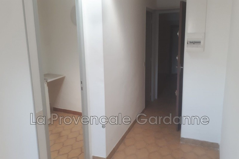 appartement  2 rooms  Gardanne Downtown  45 m² -