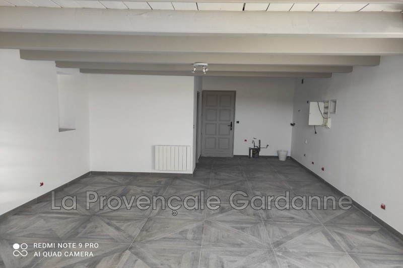 appartement  2 rooms  Gardanne Downtown  70 m² -