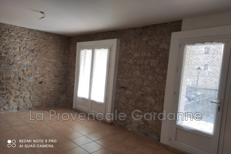 appartement  2 rooms  Fuveau Downtown  42 m² -
