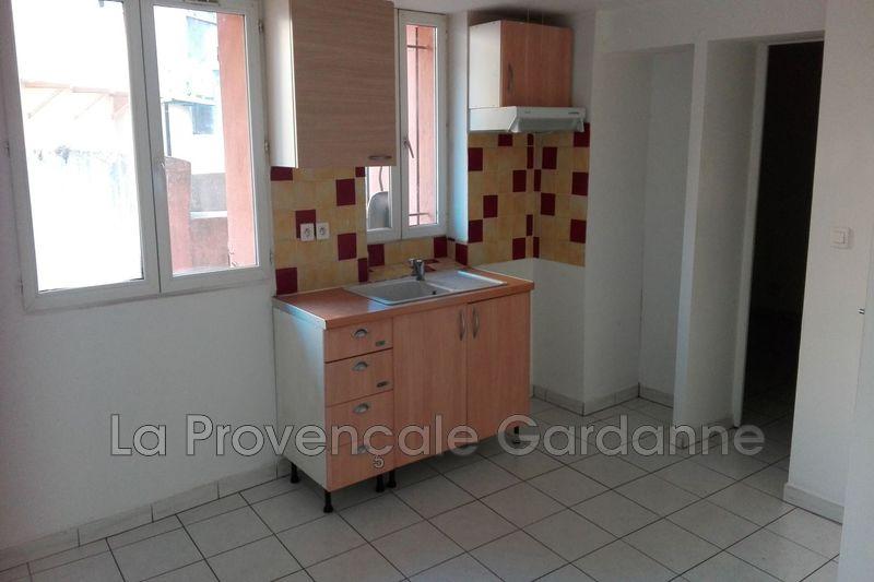Photo Appartement Gardanne Centre-ville,  Location appartement  2 pièces   30m²