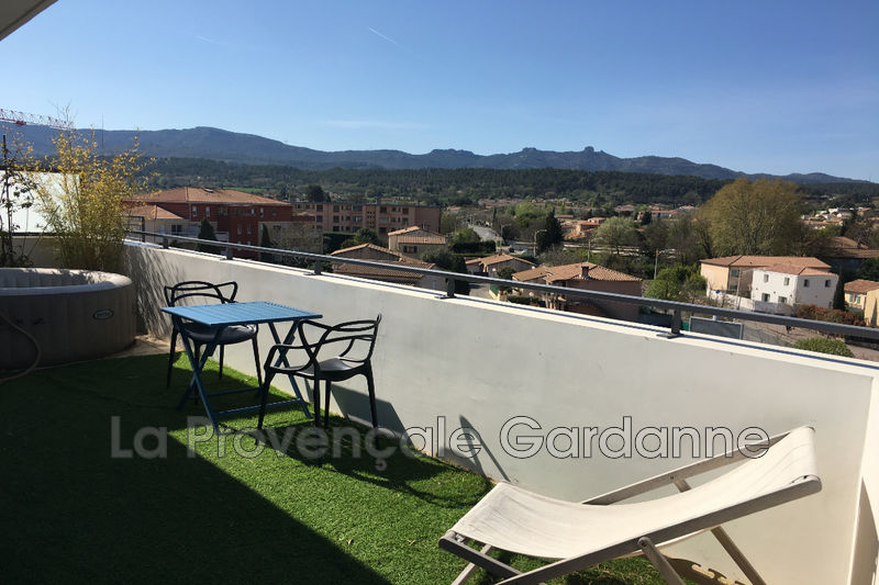 appartement  2 rooms  Gardanne Downtown  25 m² -