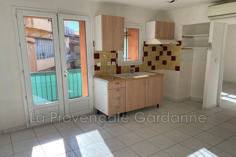 appartement  2 rooms  Gardanne   29 m² -