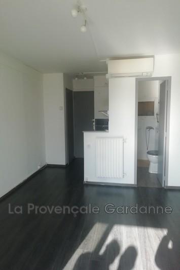 appartement  1 room  Les Milles   21m² -