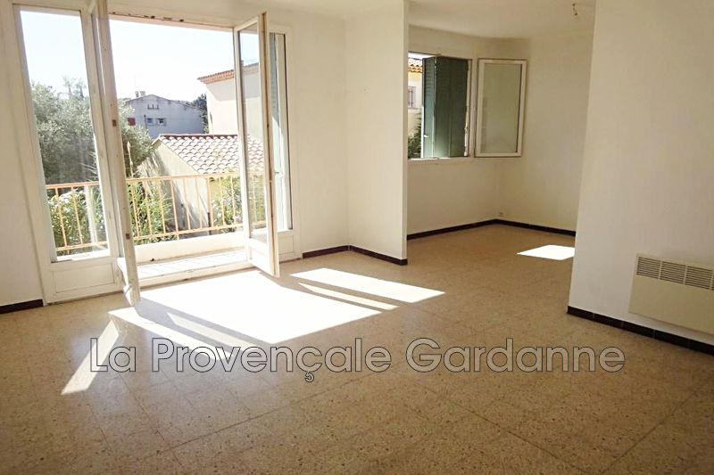 appartement  3 rooms  Gardanne Out of town  47 m² -