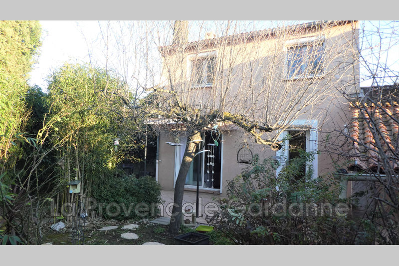 maison  5 pièces  Gardanne   80m² -