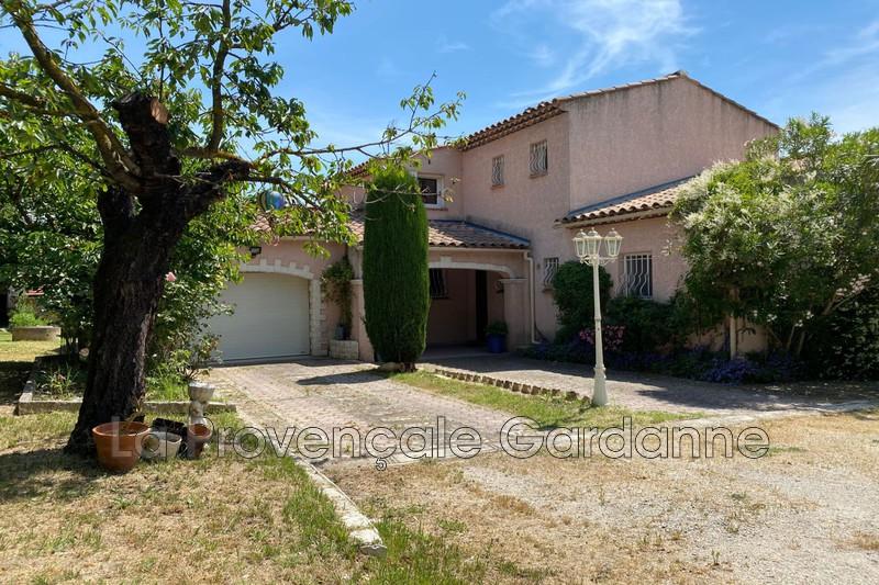 maison  6 pièces  Bouc-Bel-Air   235m² -