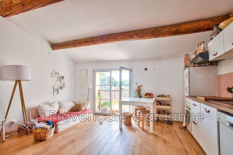 maison  3 rooms  Bouc-Bel-Air Village  57 m² -