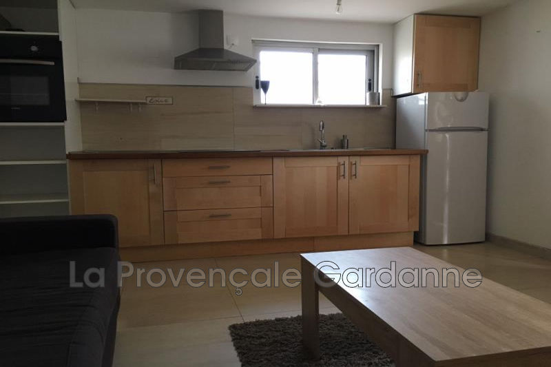 Photo Appartement Gardanne   achat appartement  2 pièces   30m²