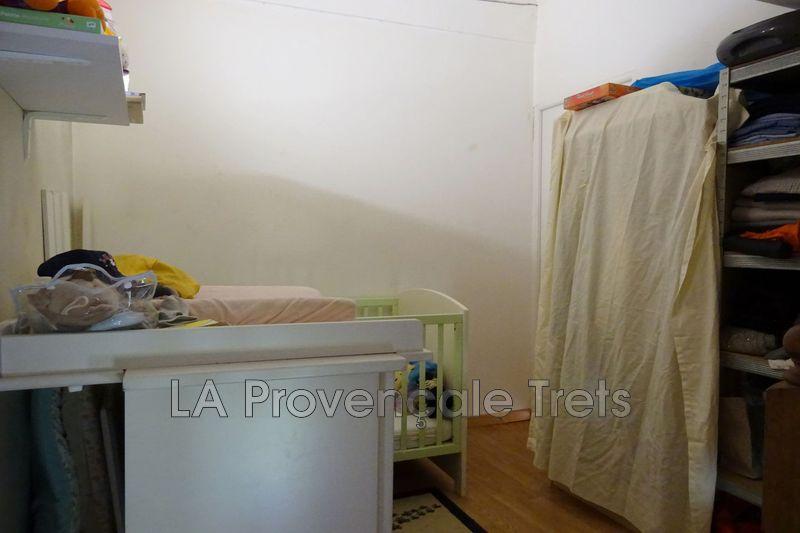 Photo n°4 - Vente appartement Trets 13530 - 110 000 €