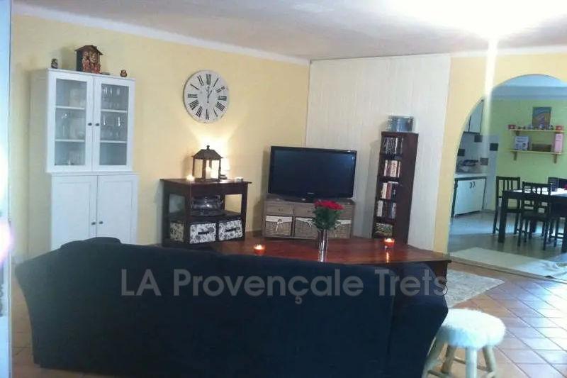 appartement  2 pièces  Saint-Maximin-la-Sainte-Baume   54m² -