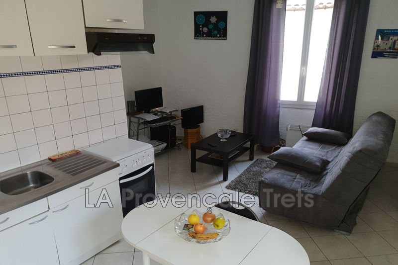 appartement  1 room  Rougiers Village  21 m² -