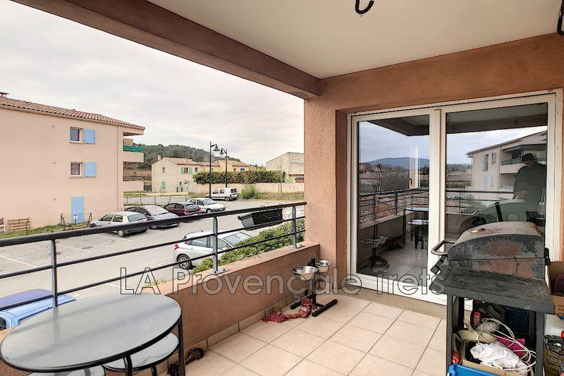 appartement  3 pièces  Pourcieux   65m² -