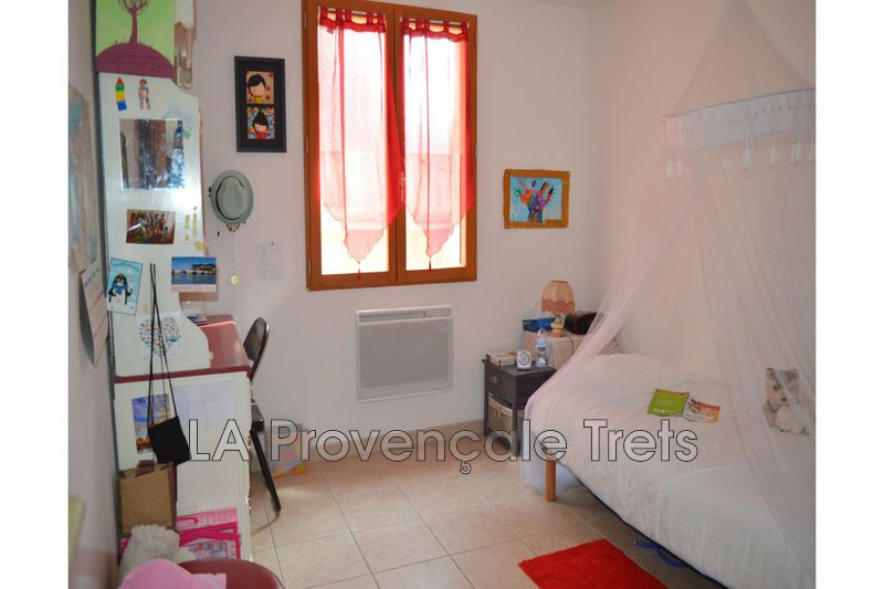 Photo n°2 - Vente appartement Saint-Maximin-la-Sainte-Baume 83470 - 177 900 €