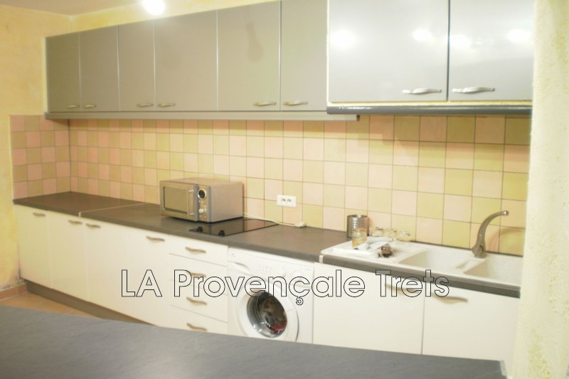 Photo n°2 - Vente appartement Trets 13530 - 139 000 €