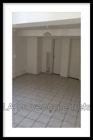 Photo n°2 - Vente appartement Pourrières 83910 - 225 500 €