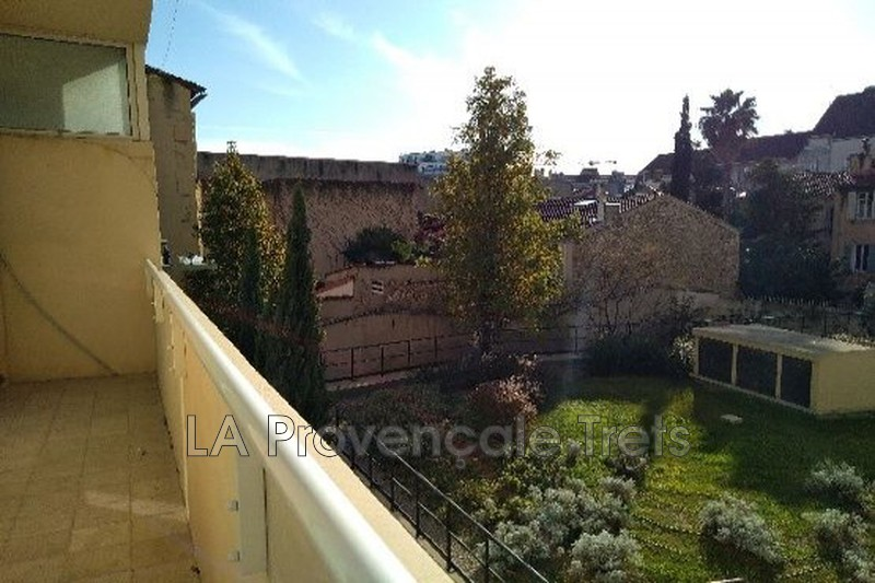 appartement  3 rooms  Marseille   61 m² -