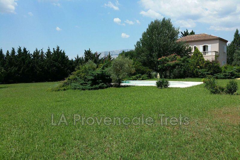 Photo Villa Trets   achat villa  5 chambres   200m²