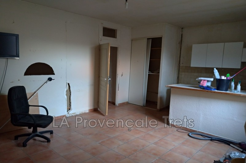 Photo n°3 - Vente appartement Saint-Maximin-la-Sainte-Baume 83470 - 75 000 €
