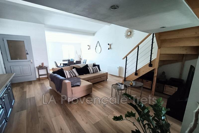 appartement  4 rooms  Pourrières   60m² -