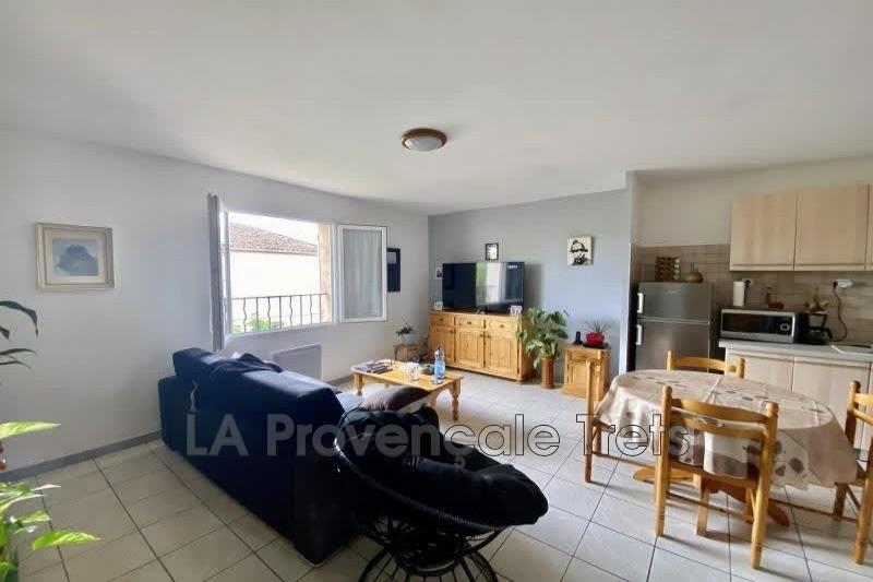 appartement  3 pièces  Saint-Maximin-la-Sainte-Baume   62m² -