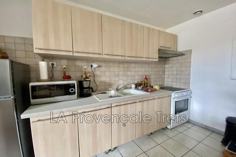 Photo n°3 - Vente appartement Saint-Maximin-la-Sainte-Baume 83470 - 201 970 €