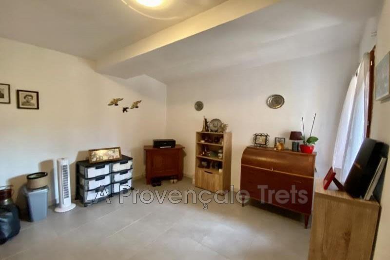 Photo n°5 - Vente appartement Saint-Maximin-la-Sainte-Baume 83470 - 201 970 €
