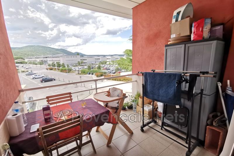 appartement  3 pièces  Saint-Maximin-la-Sainte-Baume   55m² -