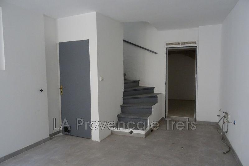maison  4 pièces  Trets Centre-ville  70m² -