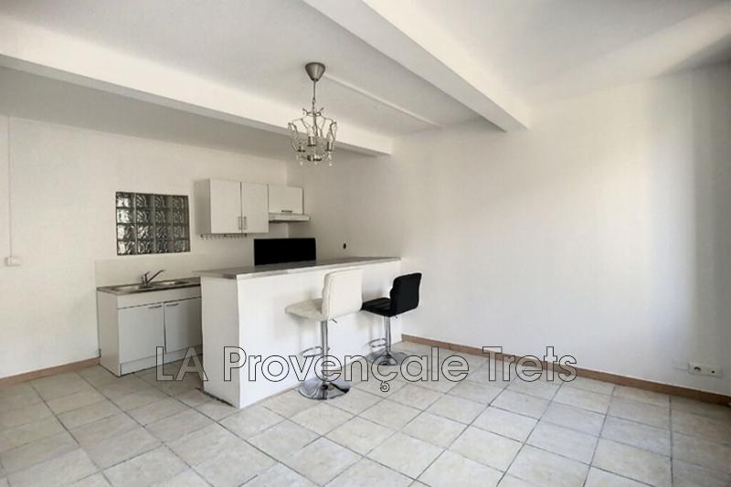 appartement  2 pièces  Trets   34m² -