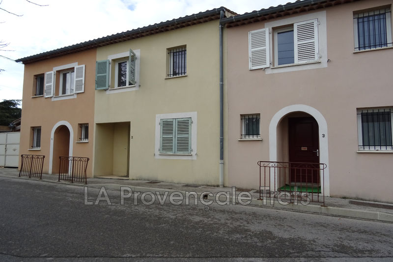 maison  3 rooms  Saint-Maximin-la-Sainte-Baume Downtown  75 m² -