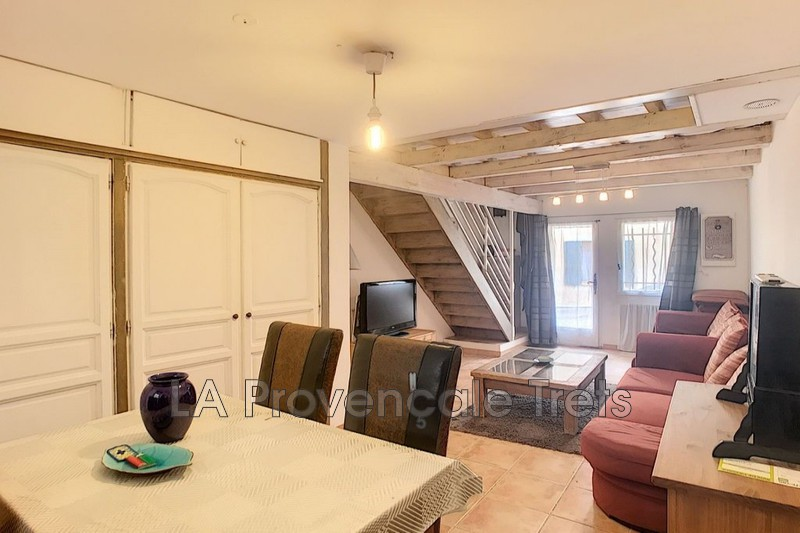 maison  3 rooms  Pourcieux   70m² -