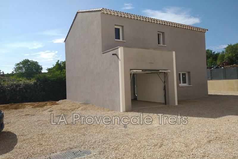 maison  4 rooms  Saint-Maximin-la-Sainte-Baume Downtown  100m² -